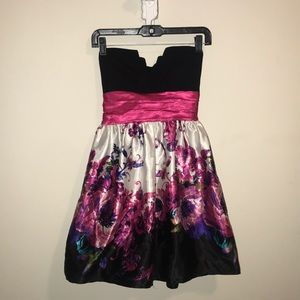 Strapless floral dress- only worn once!!